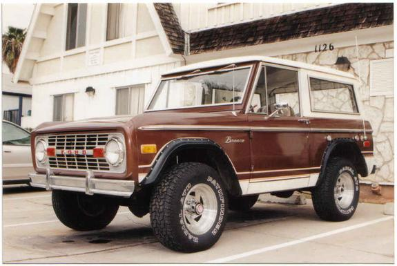 10171958 1975 Ford Bronco 4673380001 Large