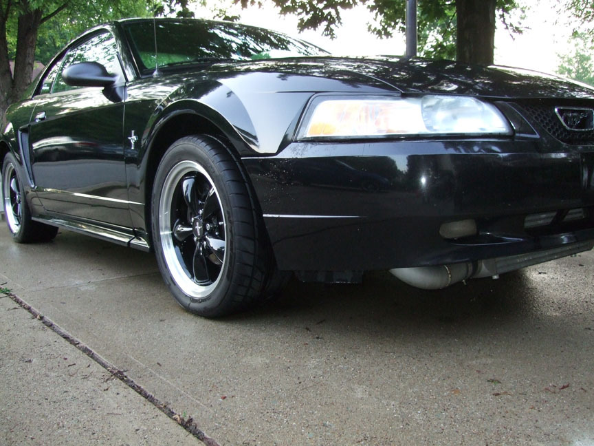 00StangV6Coupe's 2000 Ford Mustang