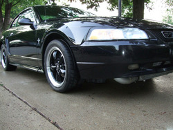 00StangV6Coupe 2000 Ford Mustang