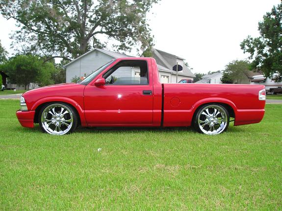 minitrucker04 2000 chevrolet s10 regular cab specs photos modification info at cardomain. Black Bedroom Furniture Sets. Home Design Ideas