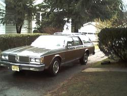 blackbeauty85 1989 Oldsmobile Custom Cruiser