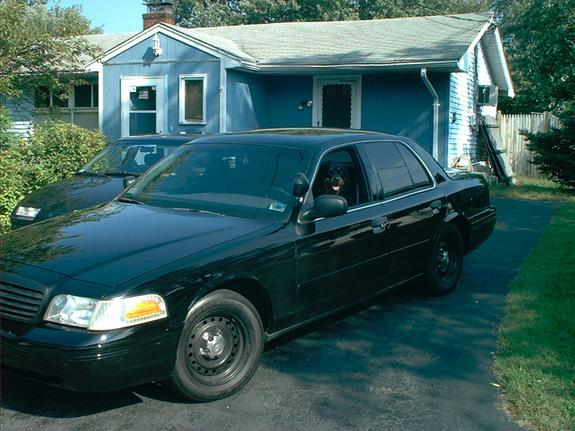 Another jbarry 2000 Ford Crown Victoria post... - 2888657