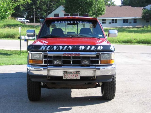 Another runn1 1992 dodge dakota regular cab chassis post this is my truck a 1992 dodge dakota cc v8 with a 2 preformance accessories sciox Choice Image