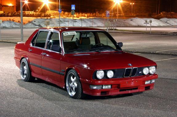 jaghaath's 1985 BMW 5 Series