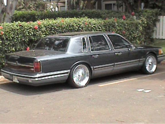 southsid3pimp 1993 lincoln town car specs photos modification info at cardomain. Black Bedroom Furniture Sets. Home Design Ideas
