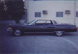 md981cad 1975 Cadillac DeVille