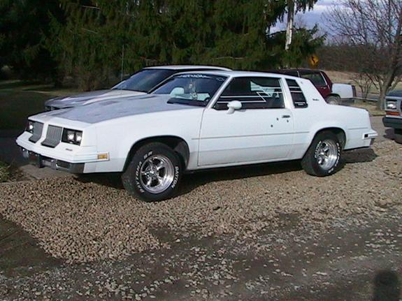 olds cutlass 83 1983 oldsmobile cutlass specs  photos