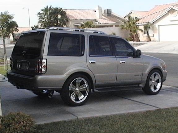 Karikture 2000 Lincoln Navigator Specs Photos Modification Info At Cardomain: 2000 lincoln navigator interior