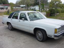 KRoberts 1987 Ford LTD Crown Victoria