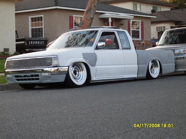 dropitlow's 1986 Mazda B-Series Cab Plus
