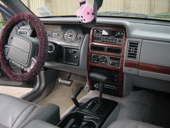 Sexy4x4gurl 39 s profile in chesapeake va 1993 jeep grand cherokee interior