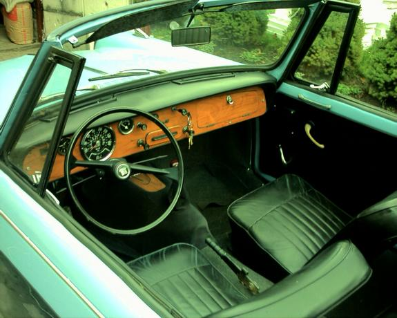 Another wasiliew 1965 Triumph TR6 post... - 3256022