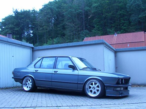 Another bmwe28driver 1988 BMW 5 Series post... - 3264996