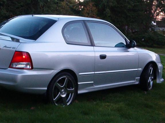 Another peachpeters 2002 Hyundai Accent post... - 3271065