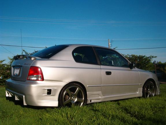 Another peachpeters 2002 Hyundai Accent post... - 3271098