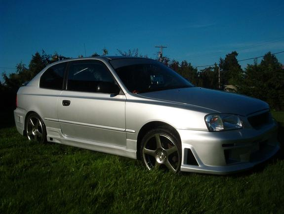 Another peachpeters 2002 Hyundai Accent post... - 3271099