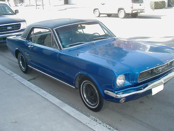 000023 1966 Ford Mustang