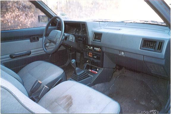 ozzy3530 1987 Mazda B-Series Cab Plus 3303100