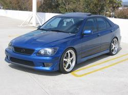 ucla_is300 2002 Lexus IS