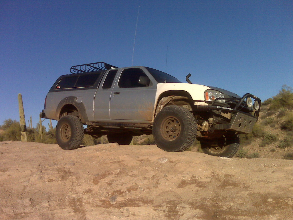 killing4aliving 2004 Nissan Frontier Regular Cab