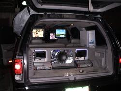 brinyu 2000 Ford Expedition