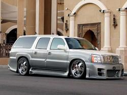 Wickesv 2004 Cadillac Escalade