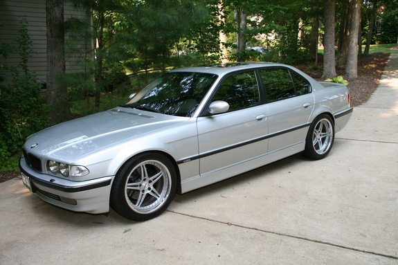 titaniumseeker 39 s 2000 bmw 7 series 740i sedan 4d page 2 in somewhere in md. Black Bedroom Furniture Sets. Home Design Ideas