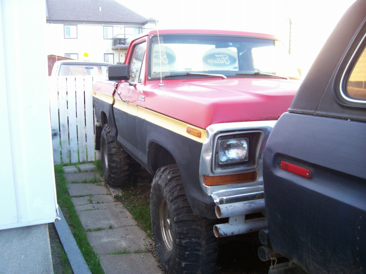 Another monnoncle 1979 Ford Bronco post... - 3422369