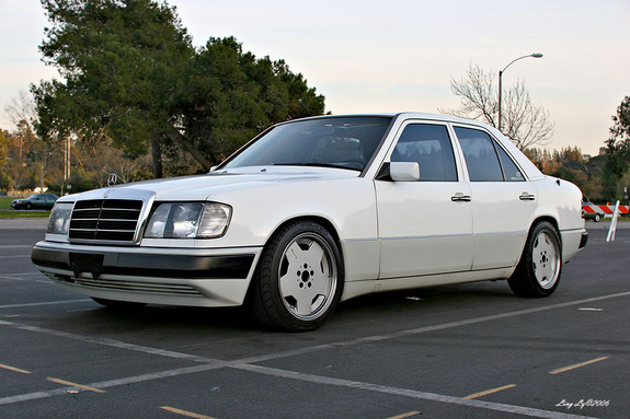 Itsthepham s 1990 mercedes benz e class for Mercedes benz anaheim