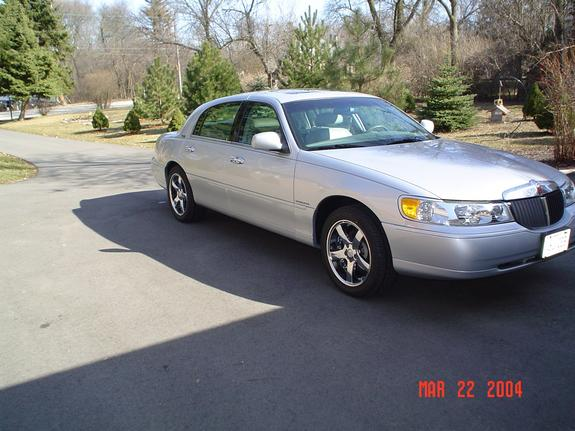 Foxpoint 2001 Lincoln Town Car Specs Photos Modification Info At