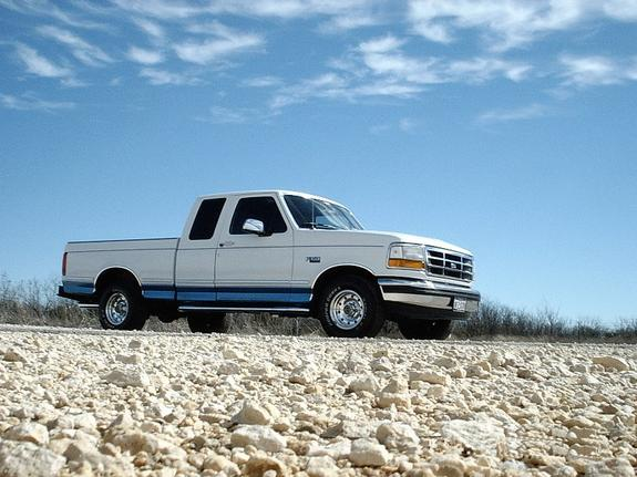 ford150xlt 1995 ford f150 regular cab specs photos modification info at cardomain. Black Bedroom Furniture Sets. Home Design Ideas