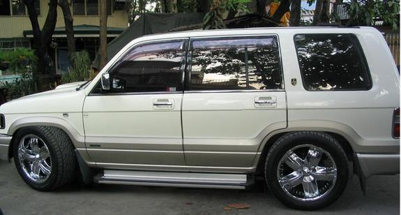 trrophorn's 1996 Isuzu Trooper in ,