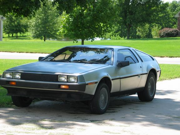 81DMC's 1981 DeLorean DMC-12