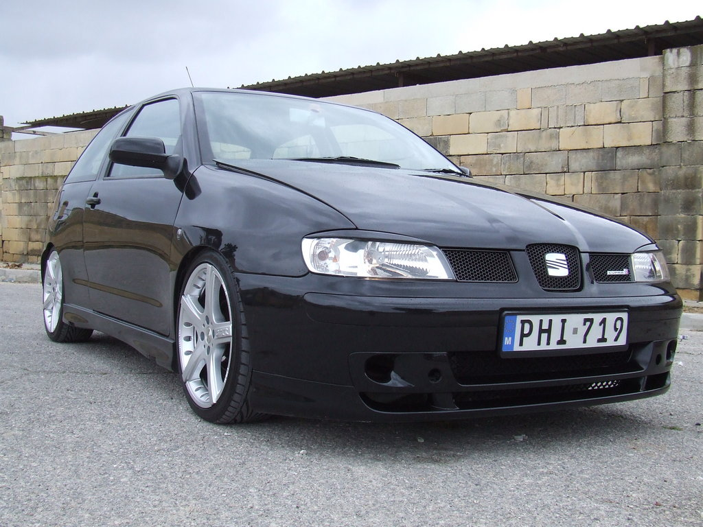 ibizu 2000 seat ibiza specs photos modification info at cardomain. Black Bedroom Furniture Sets. Home Design Ideas