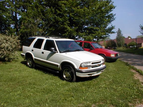 Another mdnky 1998 Chevrolet Blazer post... - 3548100