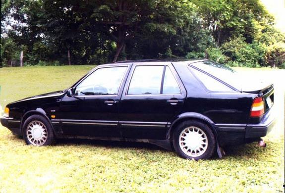 Another redskunk 1986 Saab 9000 post... - 3615484