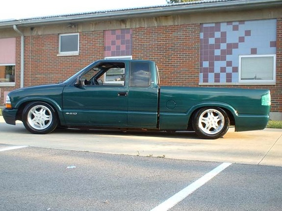 Another stalephotograph 1998 Chevrolet S10 Regular Cab post... - 3621721