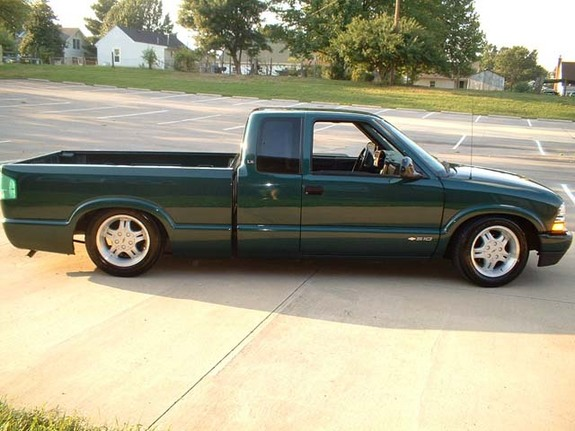 Another stalephotograph 1998 Chevrolet S10 Regular Cab post... - 3621725