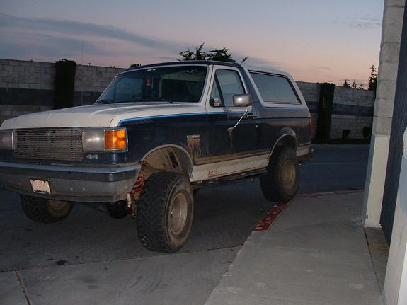 Another bronco831 1990 Ford Bronco post... - 3628728