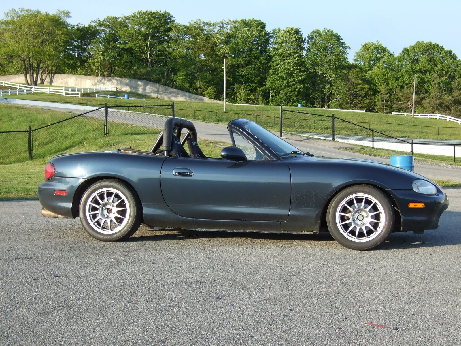 Another Wello 2000 Mazda Miata MX-5 post... - 3641802