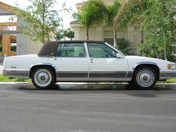 Another CadMan954 1992 Cadillac DeVille post... - 3681640