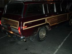 fourdooraccords 1988 Jeep Grand Wagoneer