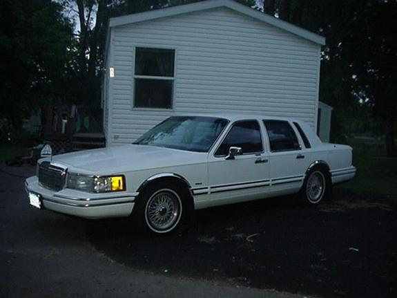 trtailerparkpimp 39 s 1994 lincoln town car in monticello mn. Black Bedroom Furniture Sets. Home Design Ideas