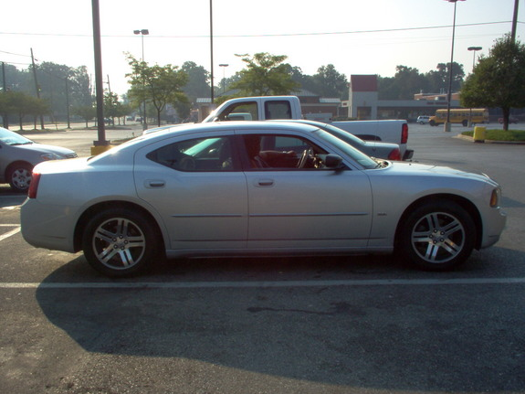 Another PHANTOM_MAX 2006 Dodge Charger post... - 3741774