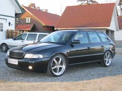 glaa4s 1999 Audi A4
