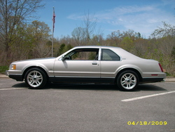 cb400f75 1989 Lincoln Mark VII
