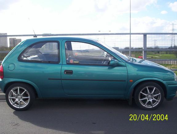 mancdarren 1995 vauxhall corsa specs photos modification info at cardomain. Black Bedroom Furniture Sets. Home Design Ideas