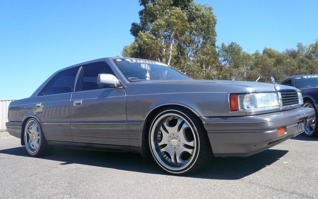 Another 6929er 1990 Mazda 929 post... - 3909641