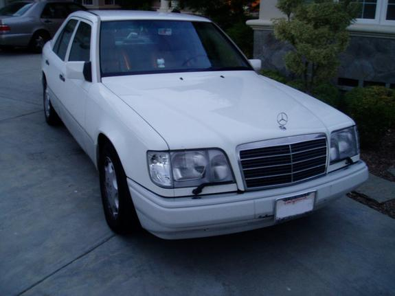 Bunnykiller67 1994 mercedes benz e class specs photos for 1994 mercedes benz e class