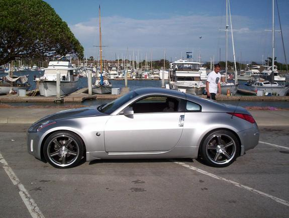 zeeunit 2005 nissan 350z specs photos modification info. Black Bedroom Furniture Sets. Home Design Ideas